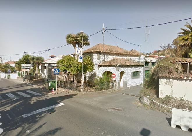 Detenidos en Santa Brígida cuatro menores que habían robado en varios vehículos tras fugarse de un centro de inmigrantes