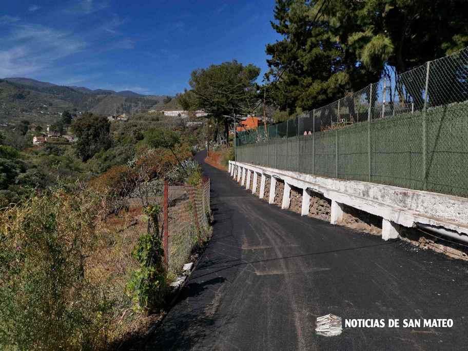 La carretera de El Solapón, con asfalto