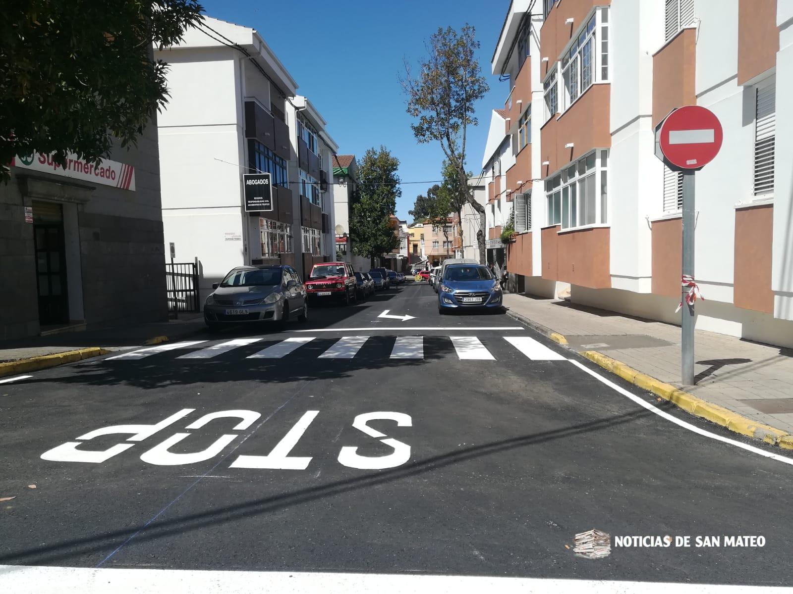 Repintado calle Arquitecto Gaudí – Casco – Noticias de San Mateo – 12 de marzo 2019