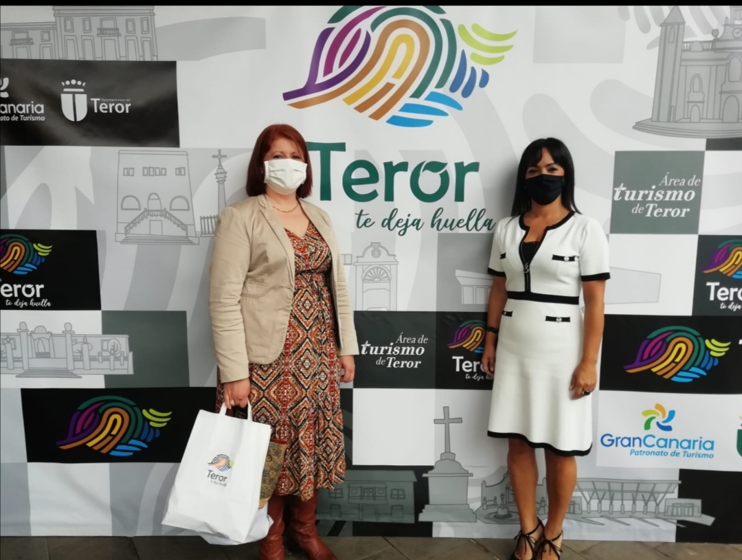 San Mateo acudió a la presentación de la nueva imagen turística de Teror