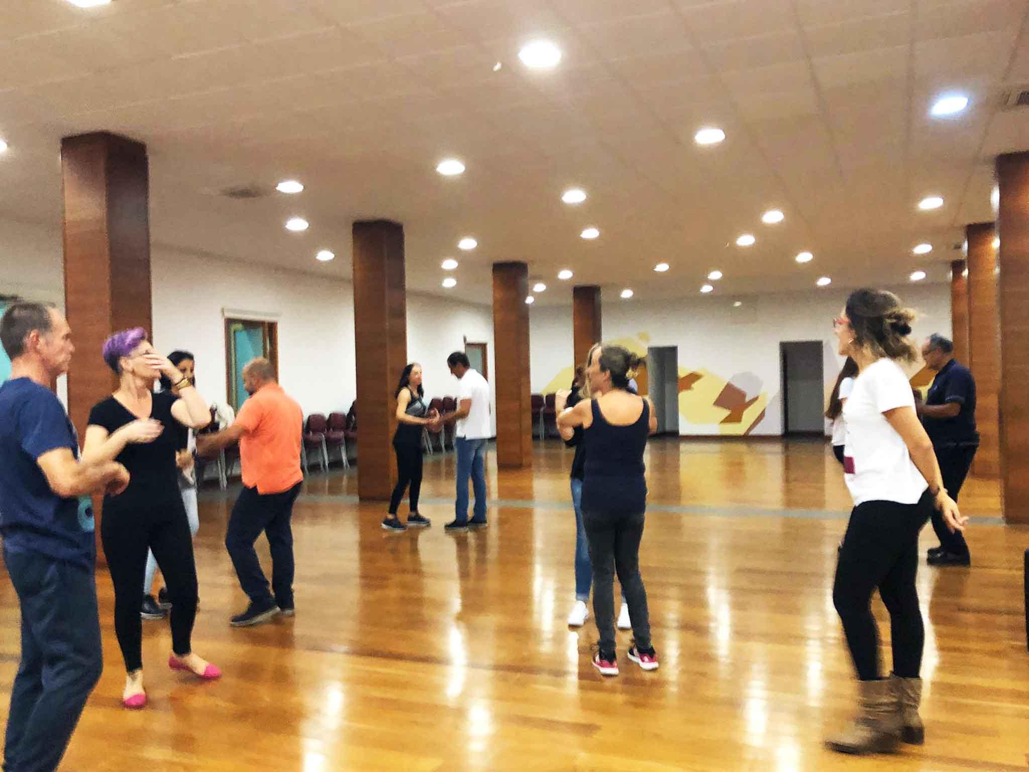 bailes latinos web