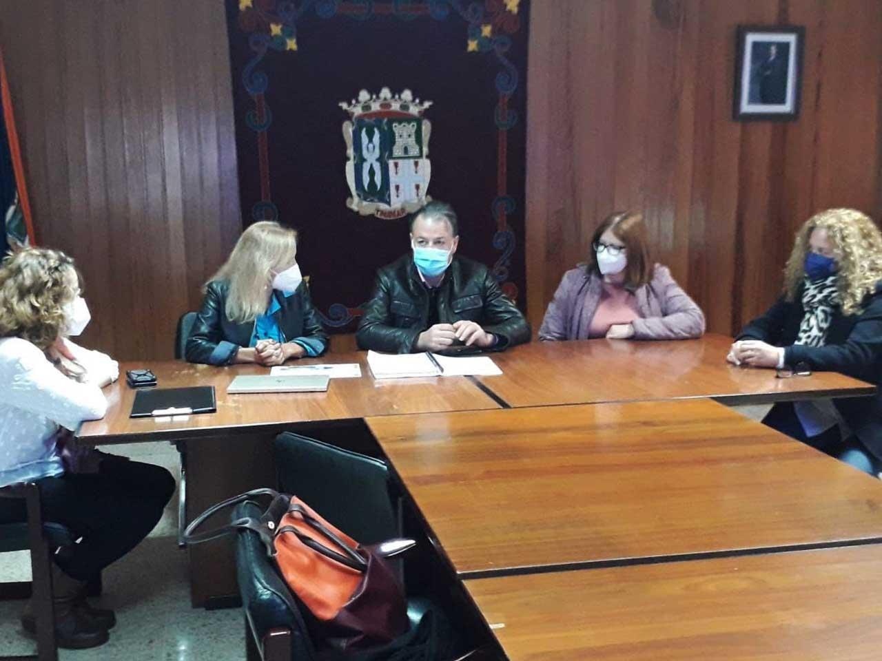 La Directora General de Infraestructura Educativa visita San Mateo